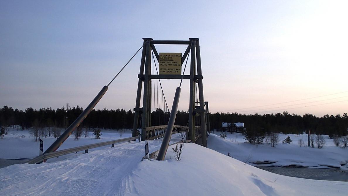 Klicken Sie auf die Grafik für eine größere Ansicht  Name:Brücke1.jpg Hits:879 Größe:67,6 KB ID:2299