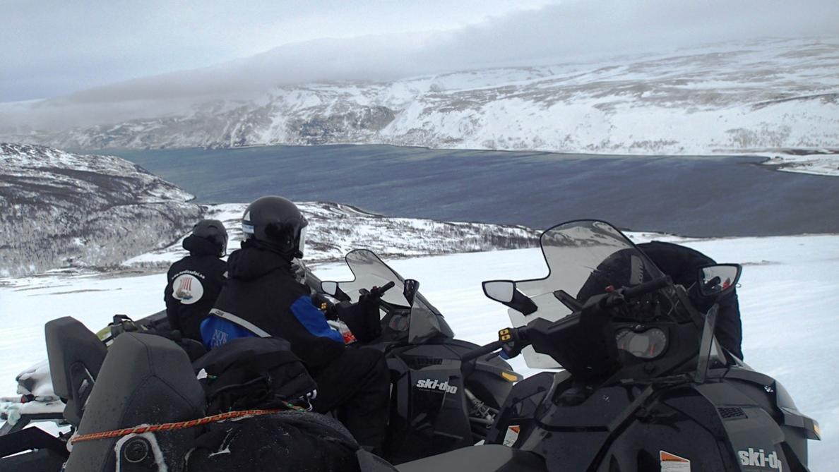 Klicken Sie auf die Grafik für eine größere Ansicht  Name:Fjord2.jpg Hits:966 Größe:92,5 KB ID:2315